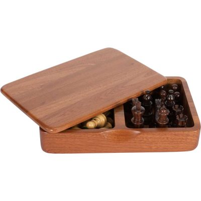 Wood Chess Pieces and Wood Box